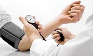 ایستگاه های سلامت کنترل فشار خون در ایلام برپا شد