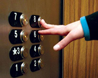 صحت عملکرد ایمنی آسانسورهای اماکن عمومی و دولتی سنجیده می شود