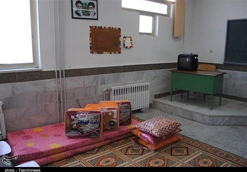 مدیرکل آموزش و پرورش استان ایلام خبر داد اسکان ضروری ۷۰۰ خانوار ایلامی در مدارس آموزش و پرورش