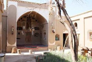 ۲۴ اقامتگاه بوم گردی فعال در استان ایلام آماده پذیرایی از گردشگران و مسافران نوروزی است