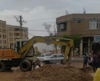 شکستگی خط لوله خیابان میلاد شهر ایلام رفع شد