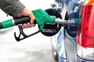 عرضه فرآوردههای نفت و گاز یورو ۴ با نرخ سههزار ریال در مرز مهران